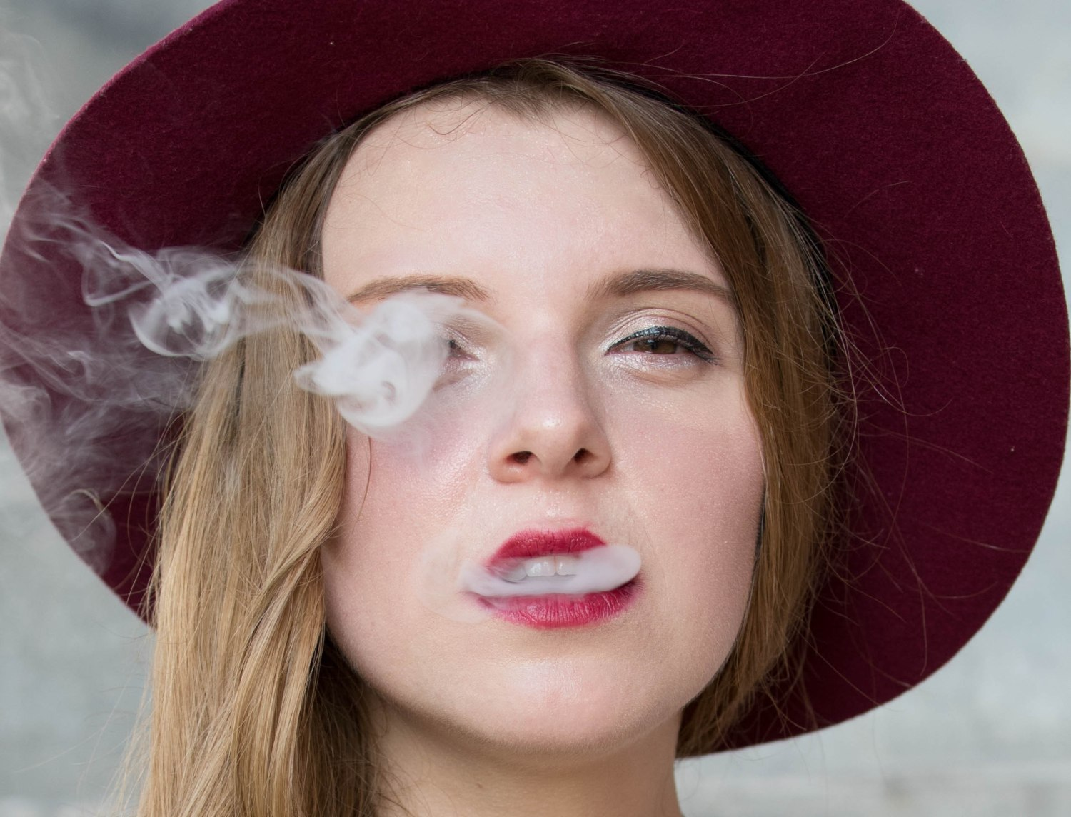 A model with a vaporizer.